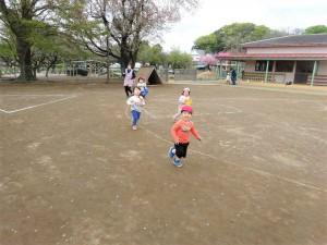 砂場かけっこ (5)