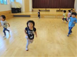 gホールで遊ぶ (3)