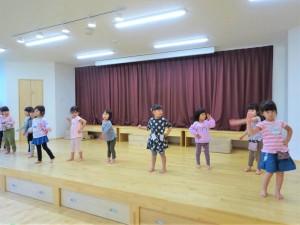 g中ホールでダンス (2)