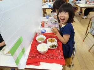 昼食準備・昼食 (3)