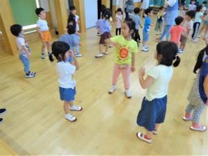 g終業式ダンス交流 (2)