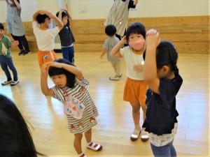 g終業式ダンス交流 (3)