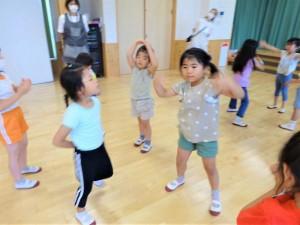 g終業式ダンス交流 (4)