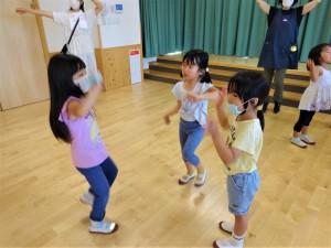 g終業式ダンス交流 (6)
