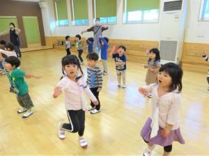 g少ホールダンス (2)