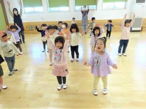 g少ホールダンス (3)